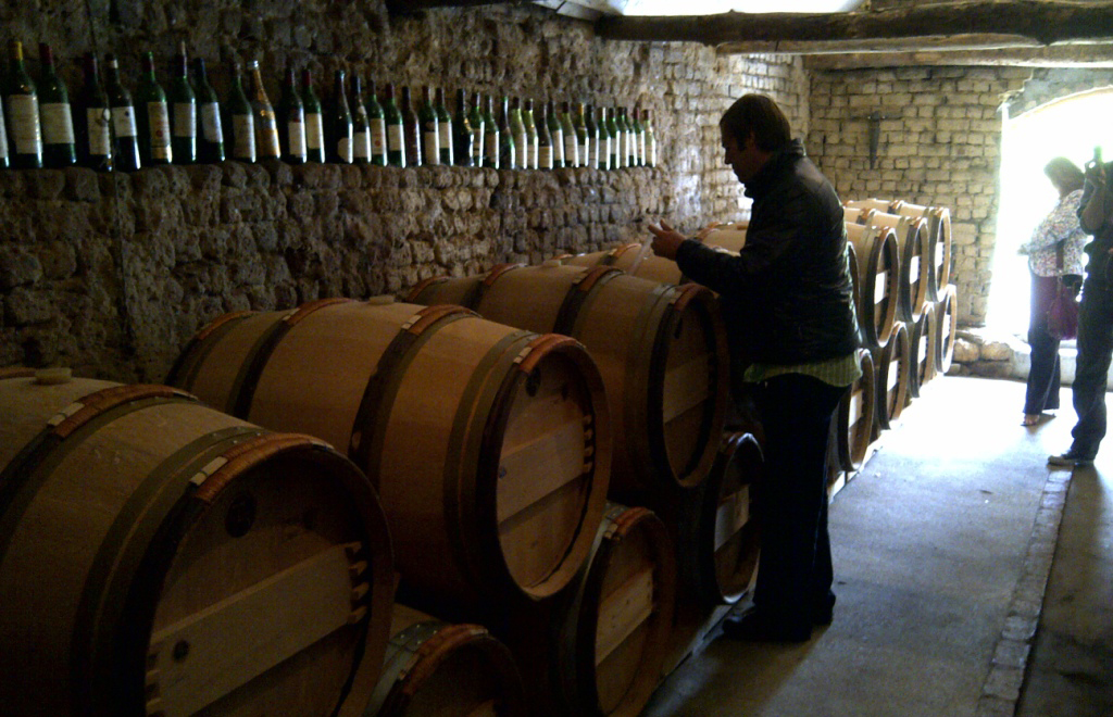 Tasting at the barrel with Eben Sadie SA copie